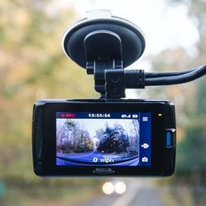 Παράνομη ή όχι η κάμερα στο αυτοκίνητο;